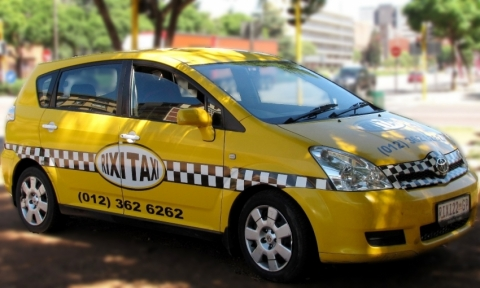 taxi bcn to city